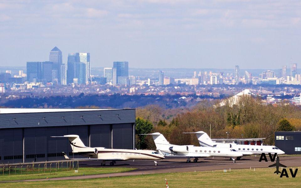 hsbc-kredituet-london-biggin-hill-airport-9ce0d2c